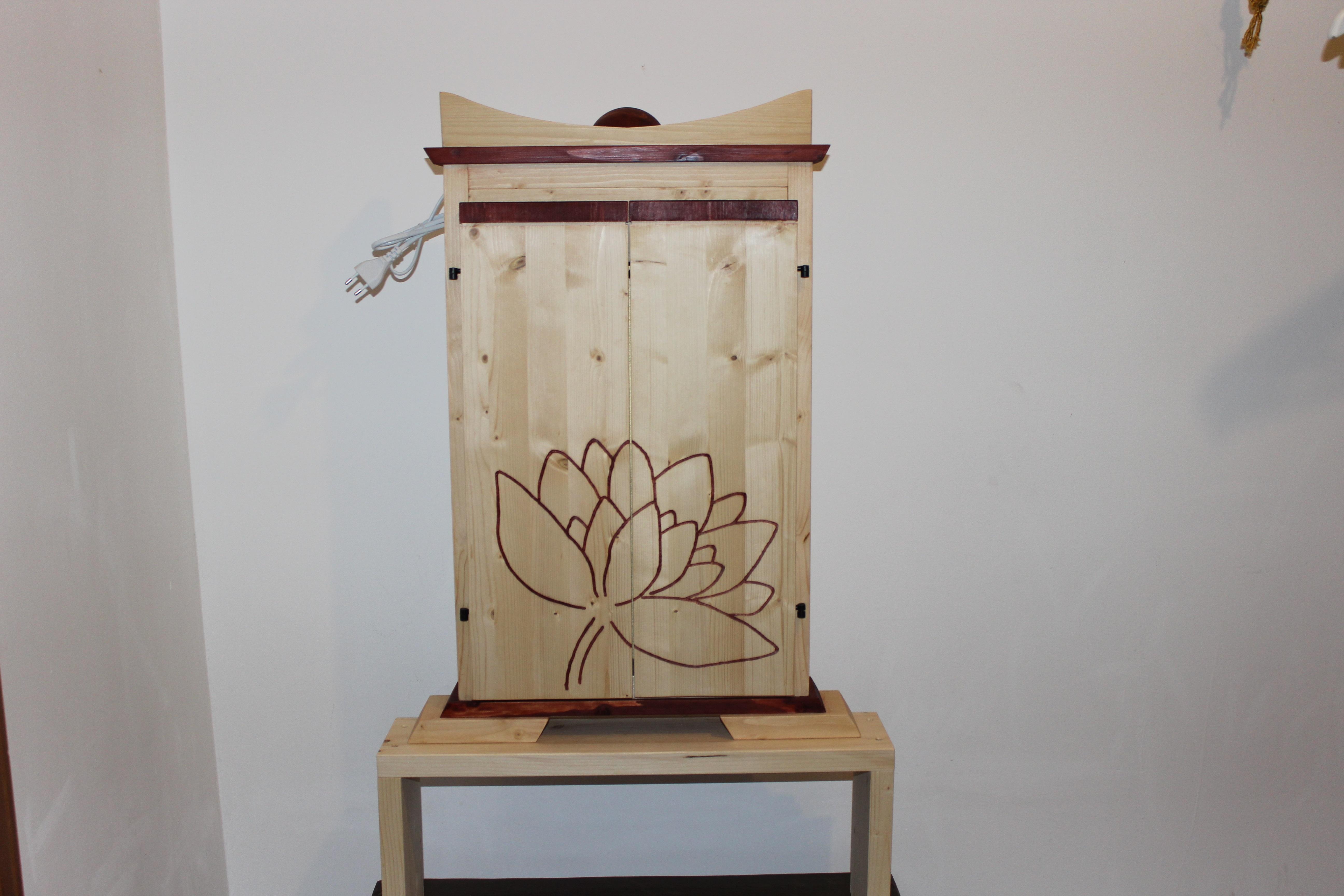Butsudan intarsiato naturale la dimora del buddha - Mobile per butsudan ...